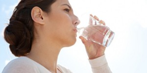 How-Even-Mild-Dehydration-Can-Ruin-Your-Day-1-750x375-300x150